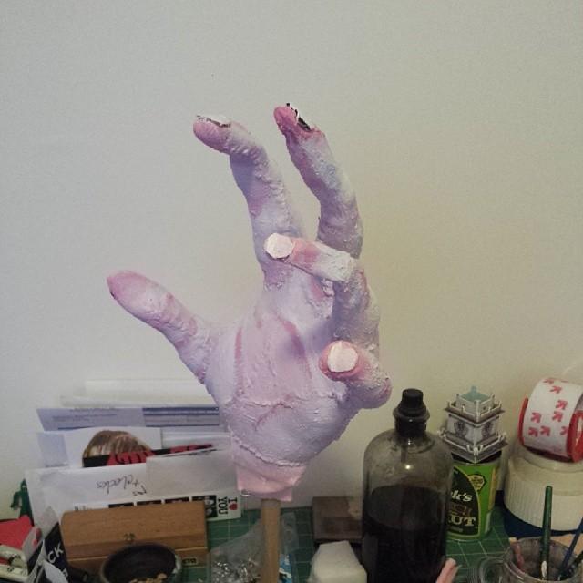 Ghoul hands